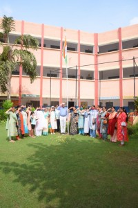 flag hoisting on Independance day